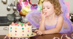 Skicka tårta med tårtbud