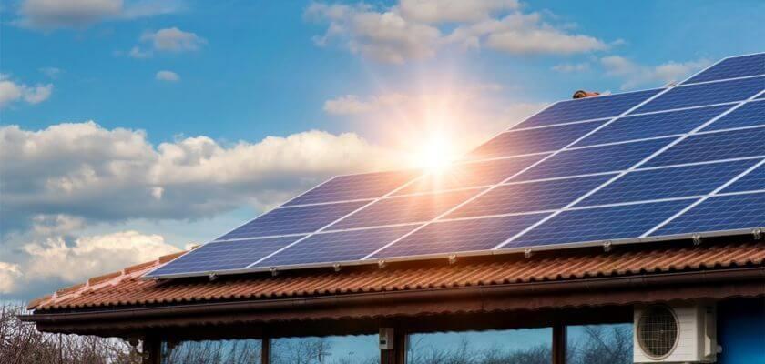 Hur mycket spar eller tjänar du på solceller?